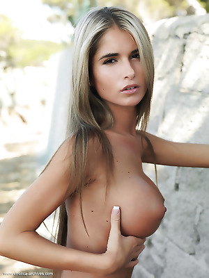Errotica-Archives  Nessa  Pussy, Boobs, Breasts, Tits, Erotic, Softcore, Outdoor