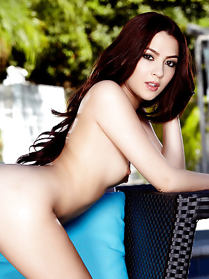 Holly Randall  Cassie Laine  Petite, Erotic, Softcore